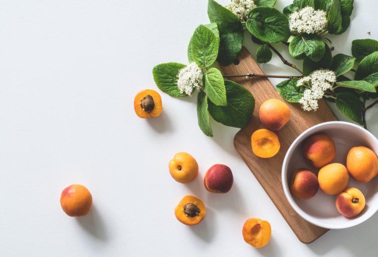 Сезонни плодове