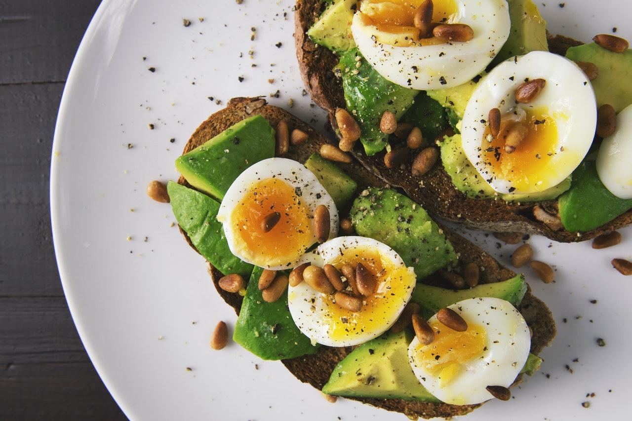 Популярни диети и хранителни добавки. Какво трябва да знаете