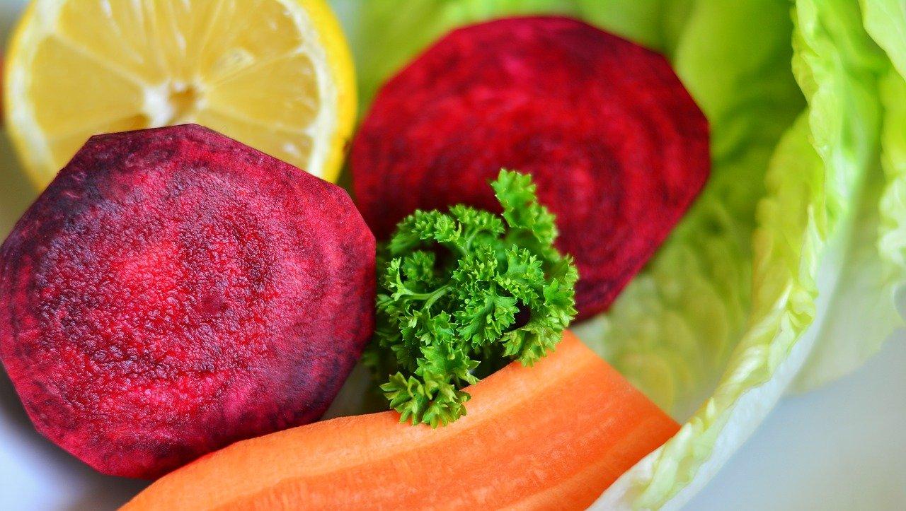 Червено цвекло. Клории, състав и ползи при диети за отслабване